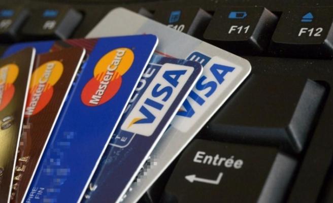 Son dakika: Kredi kartında taksit düzenlemesi!