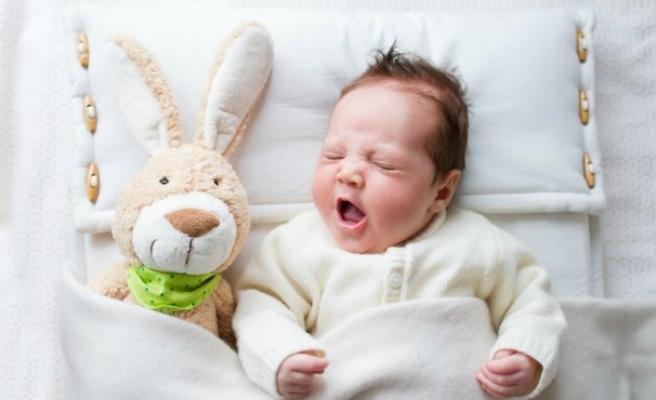 Uykusuz çocuk obezite riski altında!
