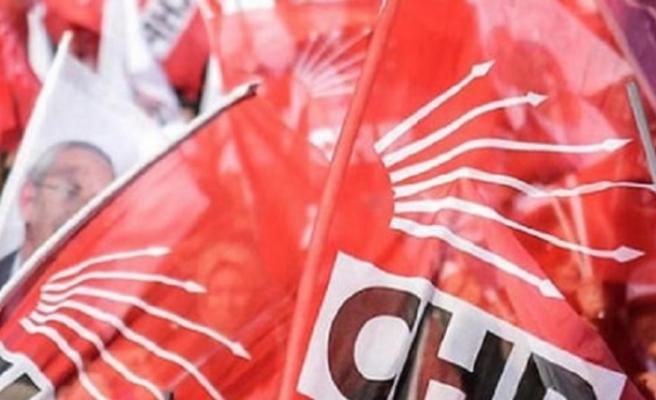 CHP İlçe Başkanı ve yönetimi görevden alındı