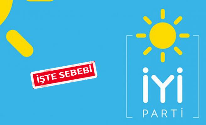 Foça İYİ Parti'de 4 istifa