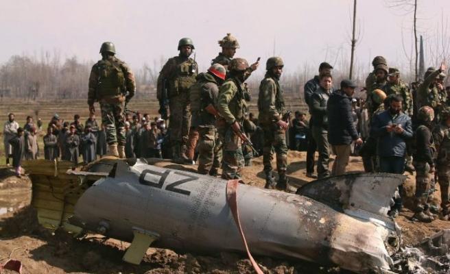 Pakistan Hint jetlerini vurdu: Savaş başladı