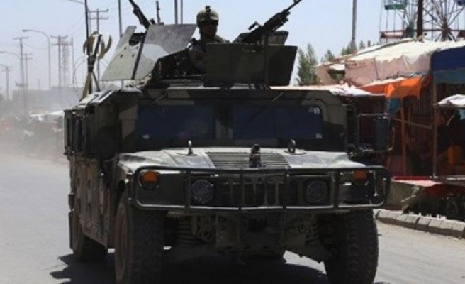 Taliban, Afganistan'da yine vurdu!
