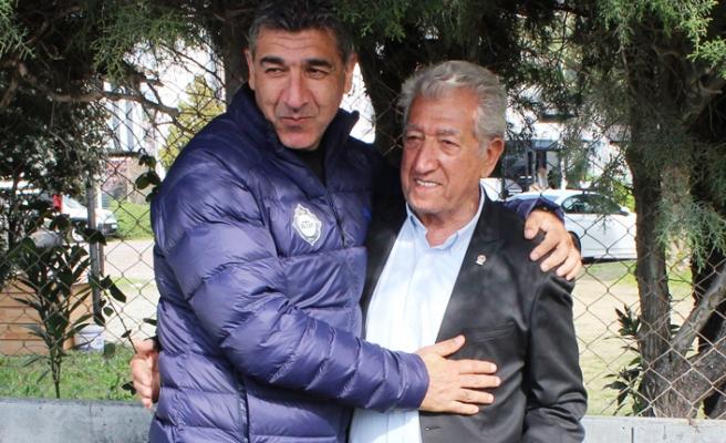 Altay'da Karafırtınalara'a baba ziyaret