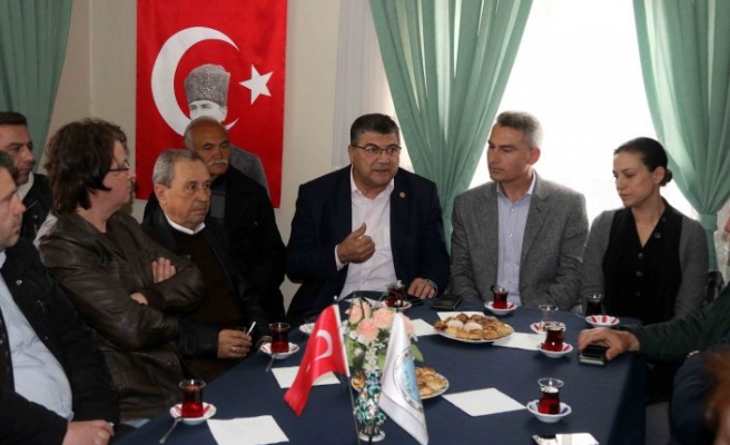 "CHP'li Sındır, ""Esnaf kepenk kapatıyor"""