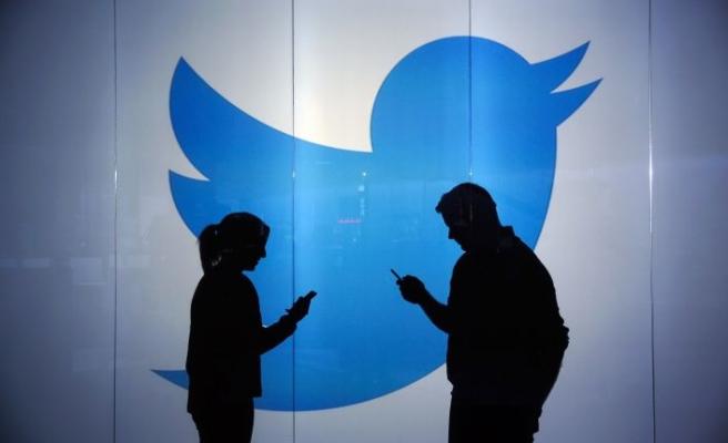 "Twitter'dan ""Tweet'i Gizle"" adımı!"