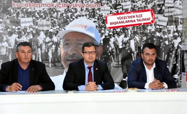 CHP İzmir'de seçim sonrası ilk buluşma