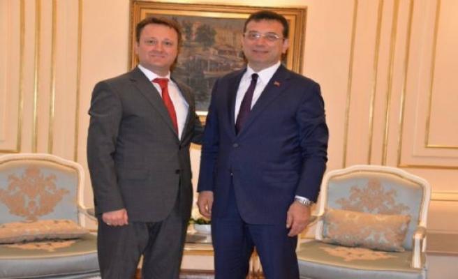 İzmirli başkanın İmamoğlu ziyaretinde şaşırtan benzerlik, gülümseten diyalog!