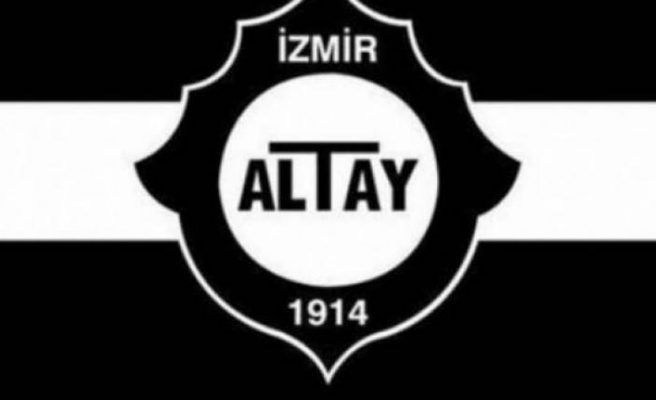 Altay'da Sinan topun ağzında