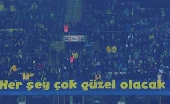 Fenerbahçe'den 'o' pankart için açıklama