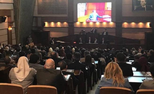 İBB Meclisi'nde İmamoğlu vaatleri bir bir kabul ediliyor