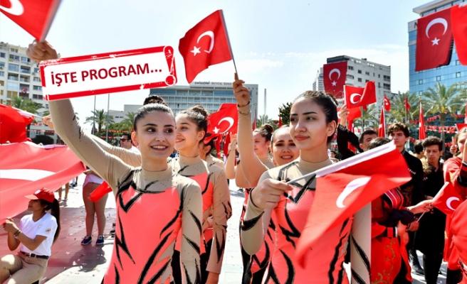 İzmir'de 19 Mayıs coşkusu