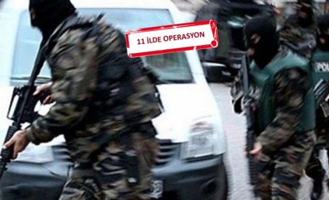 İzmir'de çok sayıda askere gözaltı