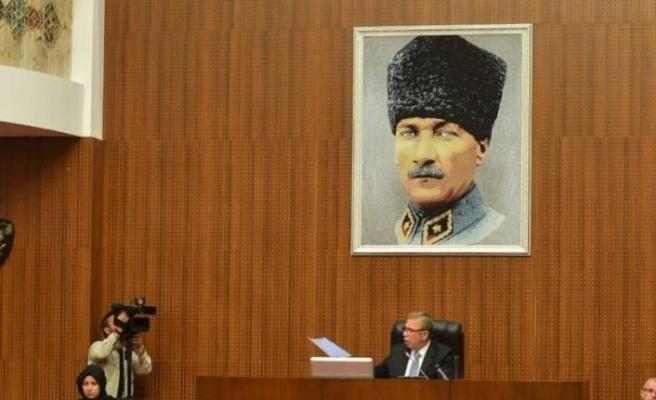 Mansur Yavaş'tan 'Kalpaklı Atatürk' talimatı