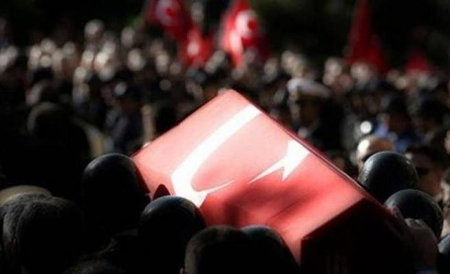 PKK'lı teröristlerden havanlı saldırı: Bir asker şehit