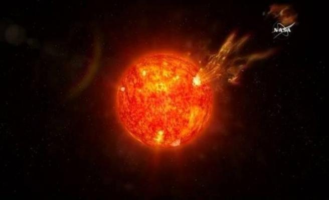 Bilim insanları uyardı: Dünya karanlığa gömülebilir