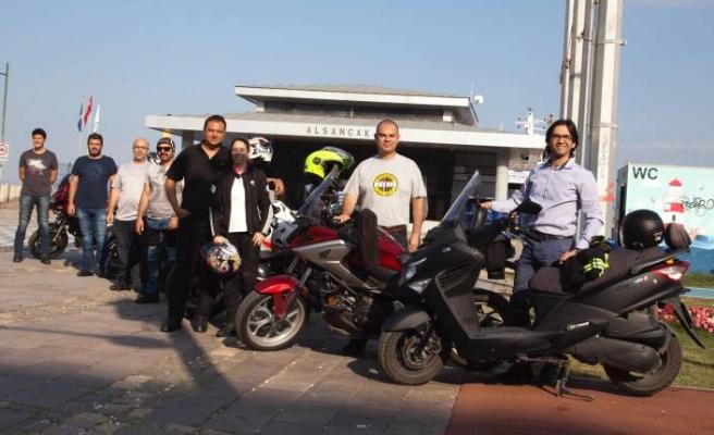 İZTO üyeleri, işe motosikletleriyle gitti