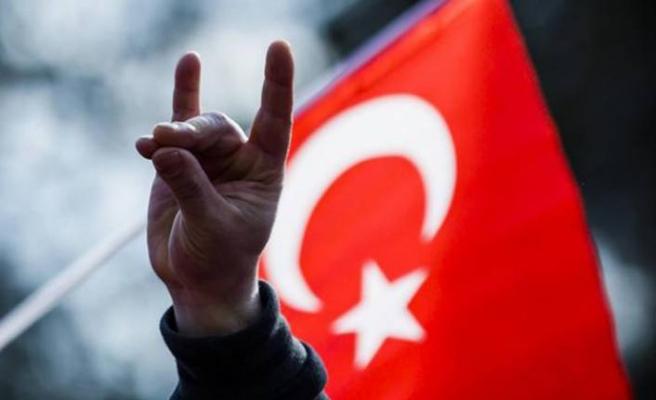 MHP Eşme İlçe Başkanlığı kapatıldı