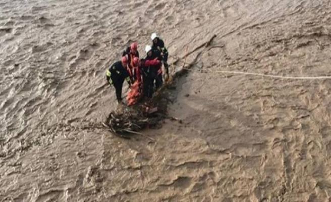 Sel felaketi: En az 3 ölü, çok sayıda kayıp