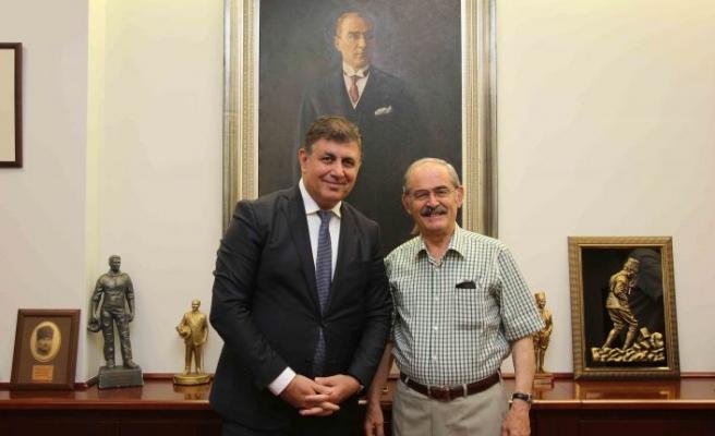 Karşıyaka'da Başkan Tugay'dan Eskişehir çıkarması