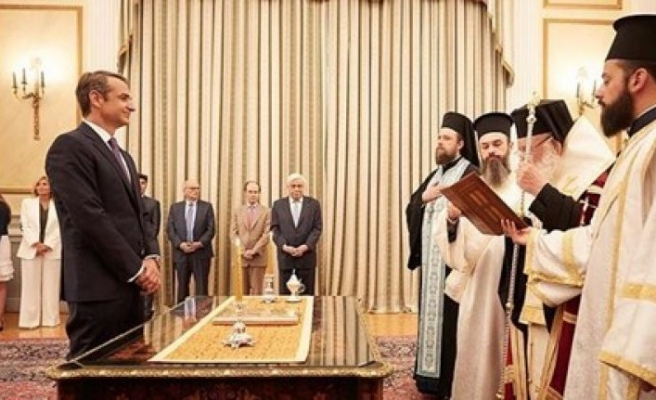 Yunanistan'da Miçotakis'in imtihanı başlıyor