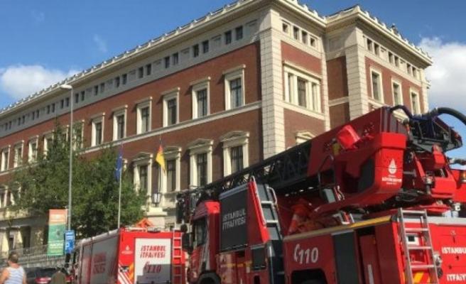 Almanya Başkonsolosluğu'nda yangın alarmı