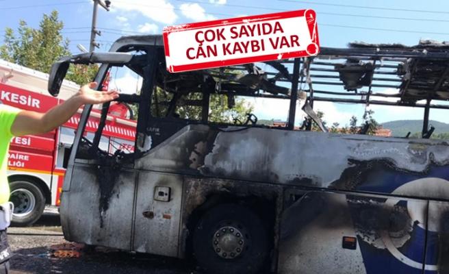 Balıkesir'de otobüs alev aldı: Ölü ve yaralılar var