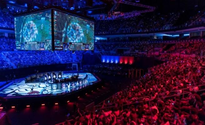 CS: GO ve DOTA 2 finalleri İzmir'de yapılacak