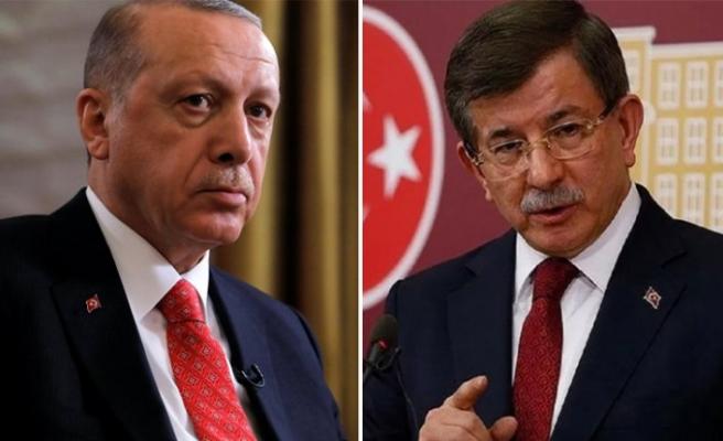 Erdoğan'dan Davutoğlu'na: Ellerinde ne varsa...