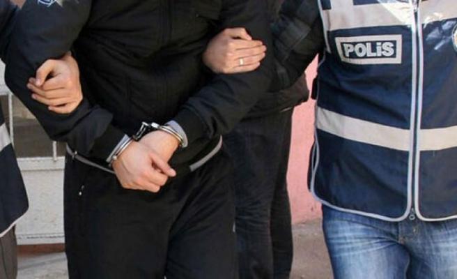 İzmir'de FETÖ'ye darbe! Çok sayıda gözaltı