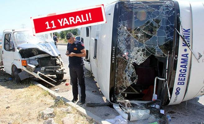 İzmir'de midibüsle kamyonet çarpıştı!