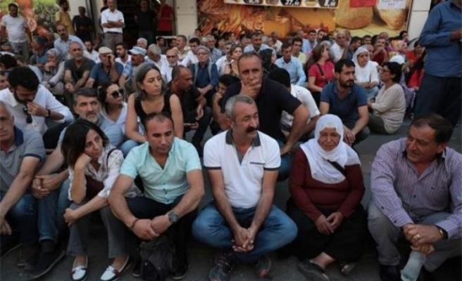 'Kominist Başkan' kayyum protestosunda