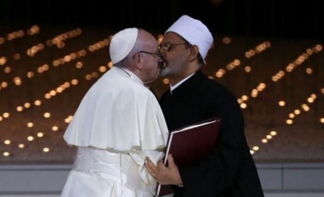Papa ve Arap şeyhi komiteyi kurdu