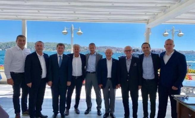 TFF Başkanı Özdemir, UEFA Başkanı Ceferin ile bir araya geldi