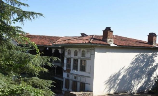 'Türk mimarisinin vitrini' Çakırağa Konağı restorasyon bekliyor