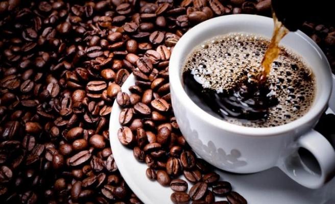 Yatmadan önce kahve içmek uykuyu kaçırır mı?