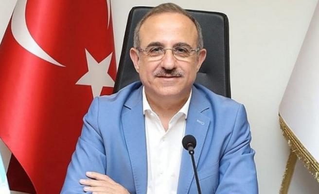 AK Parti İzmir'de kapı kapı gezecek