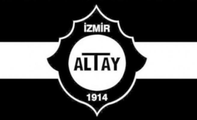 Altay yedeklerle gitti