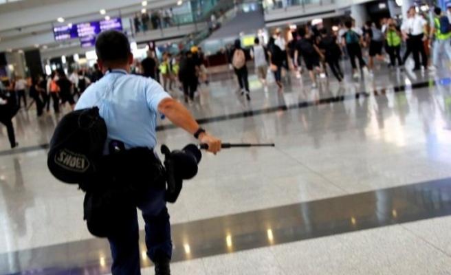 Hong Kong'ta gösteriler bitmek bilmiyor