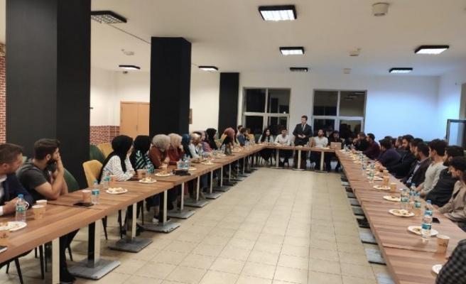 AKP'nin üniversitedeki toplantısından rektörlüğün haberi yokmuş
