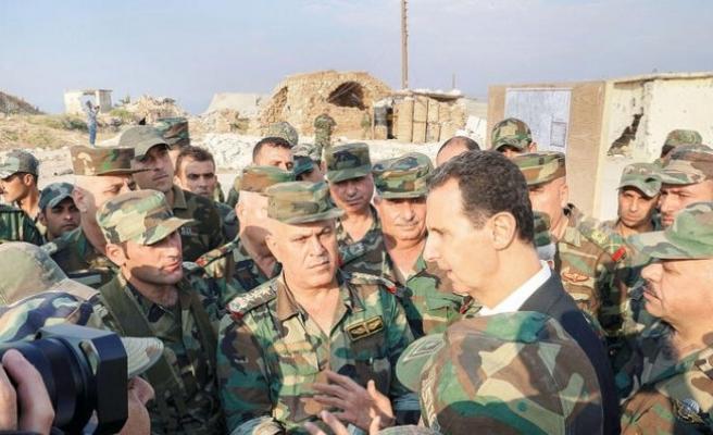 Esad İdlib sınırında