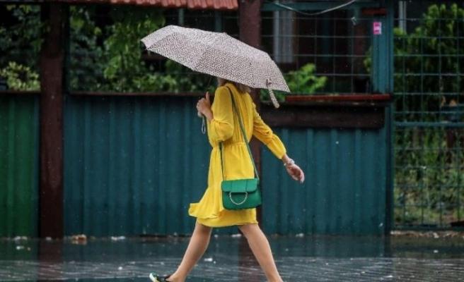 Hava sıcaklığı düşüyor, sağanak yağmura dikkat!