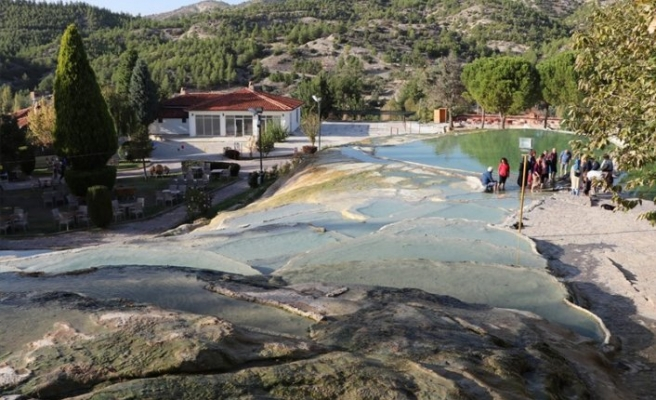 Ege'nin termal tesisleri turizm sezonuna hazır
