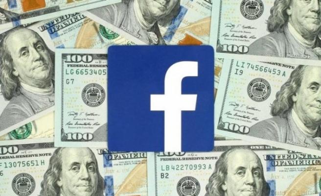 Facebook üyelerine para kazandırmaya başlıyor!