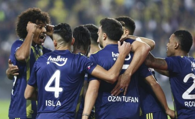 Fenerbahçe zor da olsa kazandı