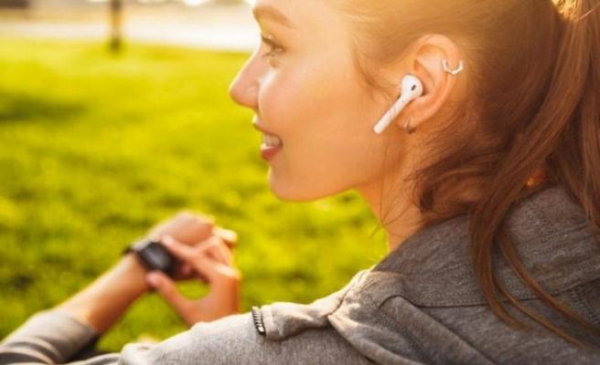 Kablosuz kulaklık kullananlar dikkat! Casuslar Android işletim sistemine erişebiliyor
