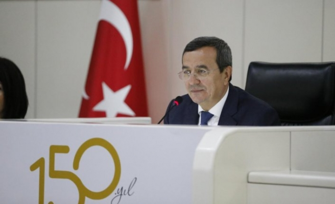 Başkan Batur tartışmalara son noktayı koydu: İçime sinmiyor