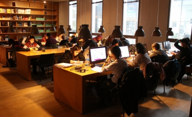 BerKM Kütüphane haftanın 7 günü hizmete açık hale getirildi