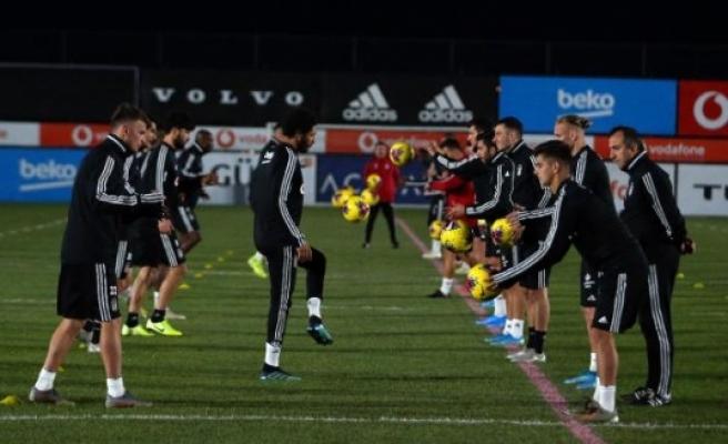 Beşiktaş, Fenerbahçe derbisine hazır