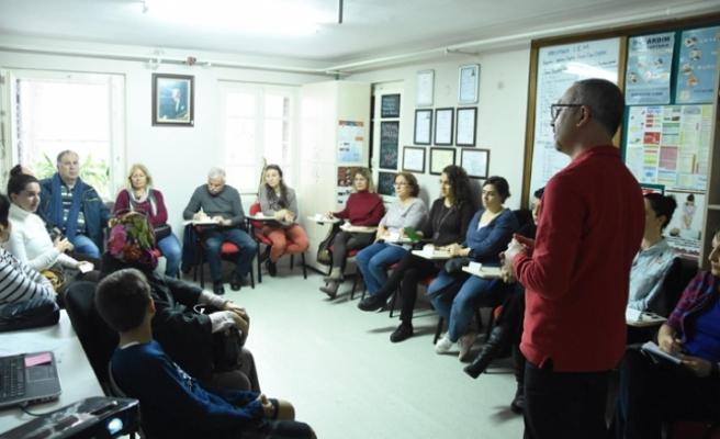 Karşıyaka Belediyesi'nden ilk yardım kursu
