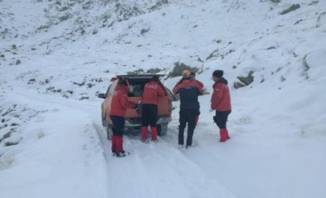 Kayıp dağcıları arayan AKUT ekibi kayboldu